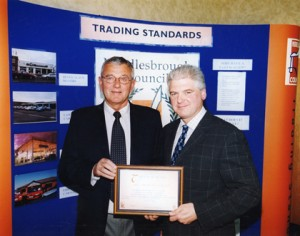Ray Mallon, Mayor of Middlesbrough presenting Eric Carter the Certificate for the Middlesbrough Trade Partnership