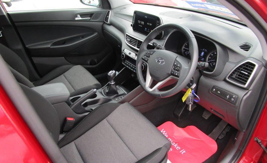 Hyundai Tuscon 1.6 GDi SE Navigation SUV 19 Reg