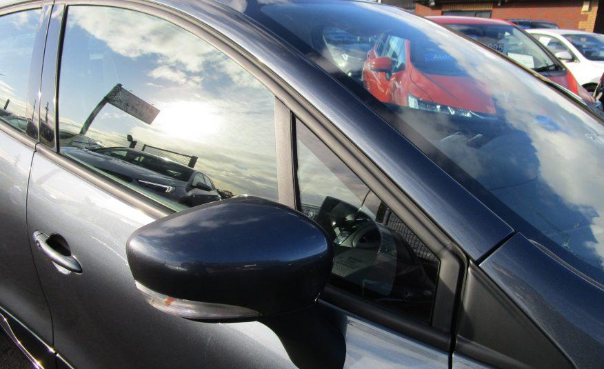 Renault Clio Play Edition TCE 5 Door 19 Reg