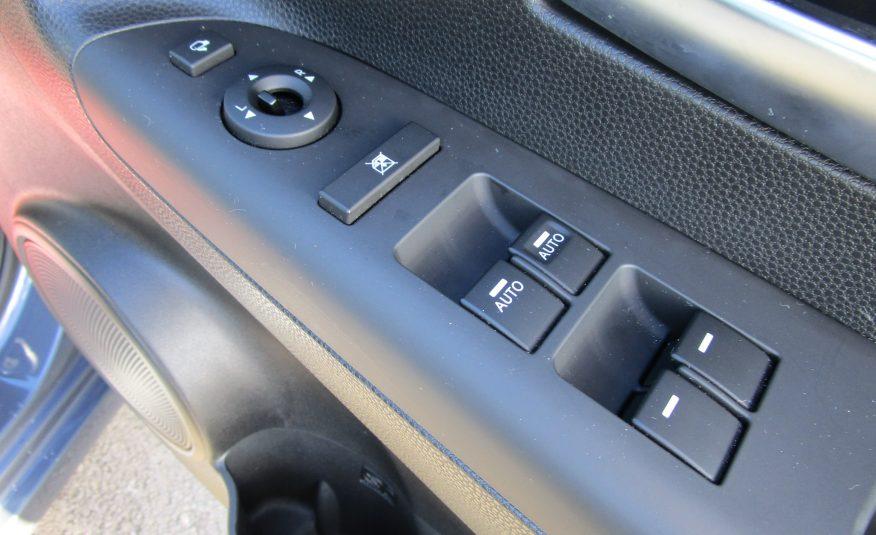 Kia Venga 2 1.6 MPV Automatic 5 Door 67 Reg