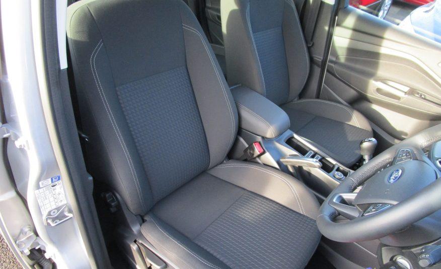 Ford C-MAX Ecoboost Zetec Navigation MPV 19 Reg