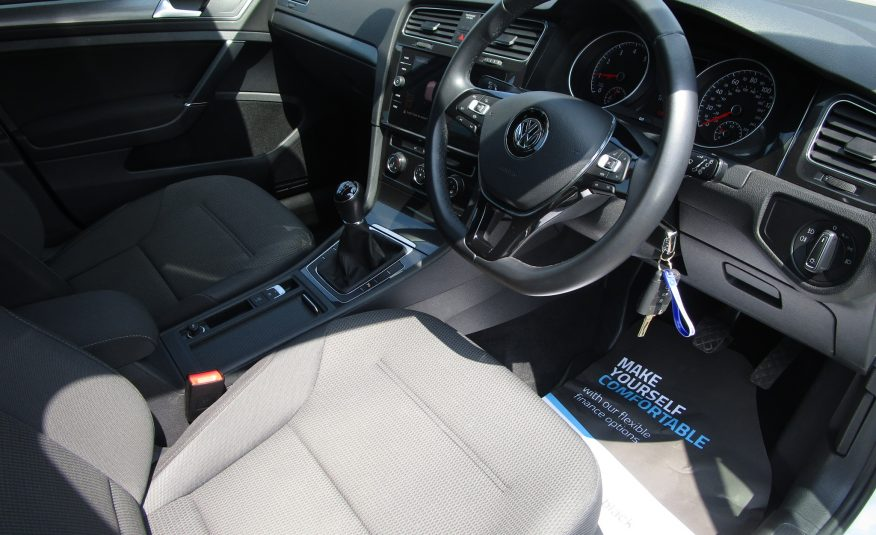 Volkswagen Golf TSi Match 19 Reg